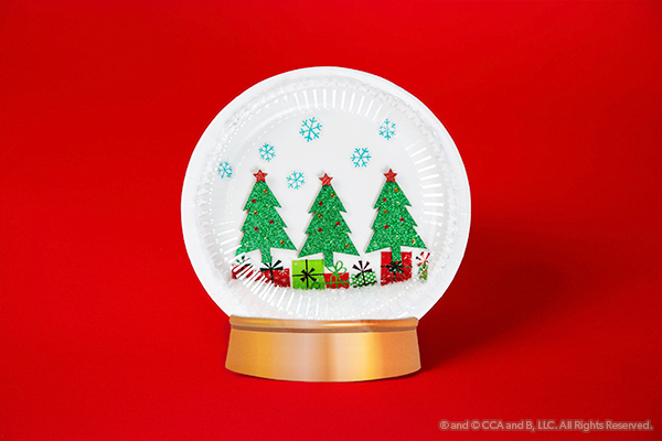 Christmas tree snow globe