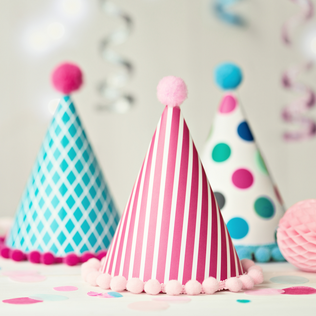 decorate-party-hat-craft
