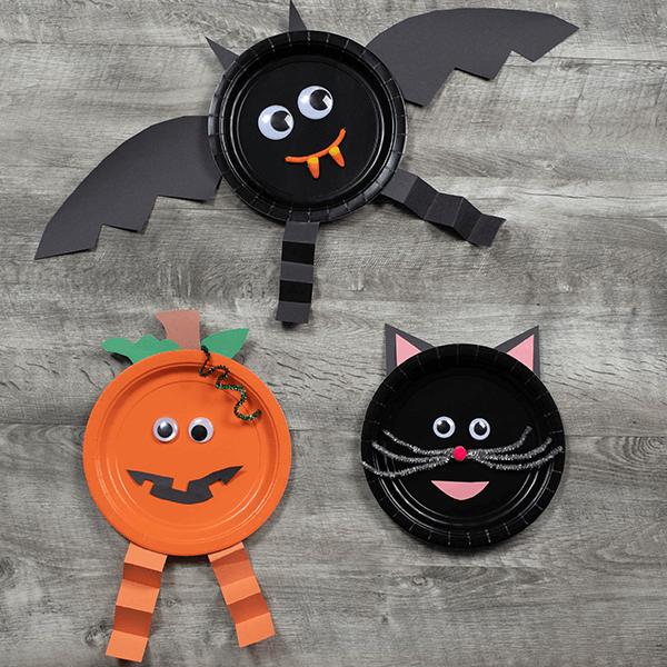 Halloween friends plate craft
