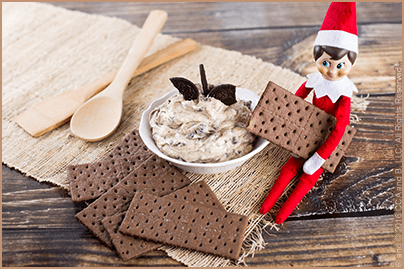 Cookies and Cream Dream Dip – The Elf on the Shelf