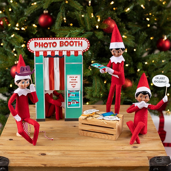 Elves with photobooth printable